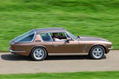 Classic Aston Martin, Bristol Cars, Jensen Interceptor, Old Lorries, Old Classic Cars, Classic Motors, Range Rover Sport, Automotive Design, Hot Cars