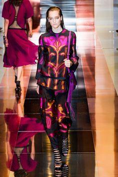 Gucci at Milan Fashion Week Spring 2014 - StyleBistro