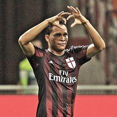 We love you too @goleador70!  Ti amiamo anche noi Carlos!   #MilanEmpoli 2-1 #weareacmilan by acmilan