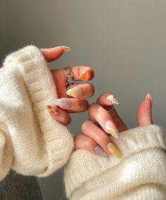 Nail Design Stiletto, Nail Design Glitter, Almond Acrylic Nails, Best Acrylic Nails, Acylic Nails, Nail Jewelry, Funky Nails, Fire Nails, Minimalist Nails