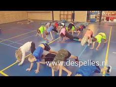Plankingrace in de gymles! Begin de (gym)les lekker actief met deze actieve estafette, waarbij actief bezig zijn wordt gecombineerd met hilariteit!