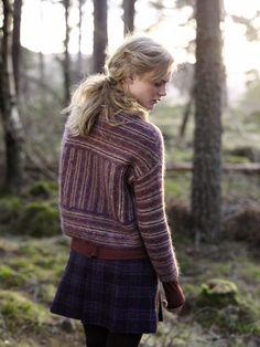 Nordic Tweed by Rowan Warm Outfits, Casual Outfits, Plum Purple, Burgundy, Rowan, Pulls, Lana, Tweed, Knitwear