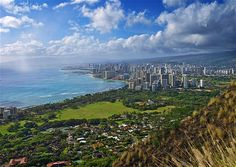Read Secret O'ahu: sights only the locals know about