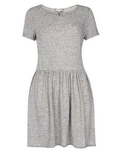 Grey Speckled Skater Dress: easy to wear if are in hurry and look wise it is perfect with denim jeans
