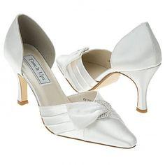 Pretty and pleated #dyeable #weddingheels <3 www.weddingworthy.com <3