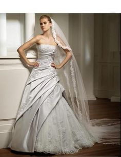 Strapless Rouched A line Skirt with Chapel Train Hot Sell Wedding Dress WD-0047