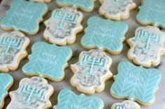 The first time I ever ever made this sugar cookie recipe I was small, and made them with my mom for Hanukkah. This cookie recipe is a holiday family tradition! But every year I like to design new… Jelly Cookies, Iced Sugar Cookies, Cut Out Cookies, Royal Icing Cookies, Sugar Cookies Recipe, Cookie Recipes, Cookie Ideas, Dessert Recipes, Feliz Hanukkah