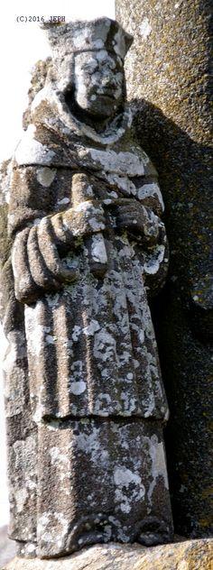 St Yves, sur le calvaire de Port-Blanc