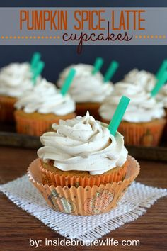 Pumpkin Spice Latte Cupcakes - these delicious cupcakes are a copycat version of Starbucks popular fall drink