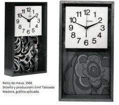 Reloj de mesa, 1968 Diseño y producción: Emil Taboada Madera, gráfica aplicada.