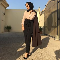 "6,161 Likes, 46 Comments - Jawaher Badr (@jawaherrbrr) on Instagram: ""Outfit tagged """