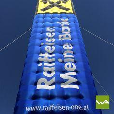 Aufblasbarer Tower / Turm / Werbeturm für Raiffeisenbank Oberösterreich von dieWerbearchitekten Gateway Arch