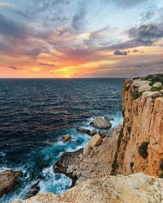 #Colourful #sunset .. Good #Evening everyone   Featured Photographer: @pacedan1  Tag your #photos with #MaltaPhotography to get a chance to be #featured on @maltaphotography - http://ift.tt/1fpoK0v  #cliffs #sun #view #Nikon #Clouds #picturesque #colours #island #jj #Malta #Photography #instagramhub #photooftheday #picoftheday #l4l #beautiful #lonelyplanet #travel #destination #worlderlust