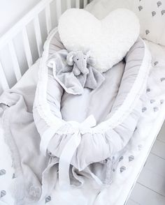 must be soft Baby Bedroom, Kids Bedroom, Baby Needs, Baby Love, Kit Bebe, Shower Bebe, Baby Family, Everything Baby, Baby Essentials