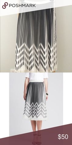 Banana republic pleated zig zag midi skirt Worn once.  A zigzag print ups the style factor of our pleated chiffon midi skirt. Banded waist. Invisible side zip. Fully lined. High waist fit. ... Banana Republic Skirts Midi
