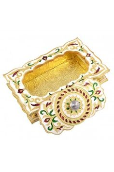 GSM Handicraft Chocolate Shaped Golden White Meena Dry Fruit Multipurpose Box #handicraftmultipurposebox #dryfruitbox #homedecorproducts #decorativeitems  #jewelleryboxonline Shop here-  https://trendybharat.com/gsm-handicraft-chocolate-shaped-golden-white-meena-dry-fruit-multipurpose-box-13cmx20cmx4cm-gsm052?search=handicraft%20items&category_id=1256