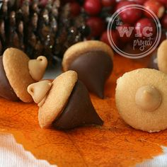 Chocolate Peanut Butter Acorns—cute, yummy and fun for fall (The WIC Project)
