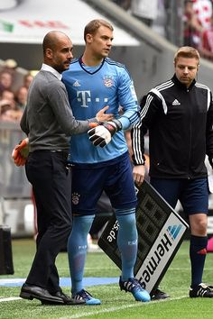 Bundesliga - 09/05/15  pepe reina got handed a red card and so lahm was pulled to put neuer in goal