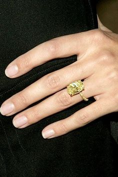 Heidi Klum's gemstone engagement ring!  | Eiseman Jewels | Eiseman Bridal | Wedding Season | Engagements | Engagement ring | Diamonds