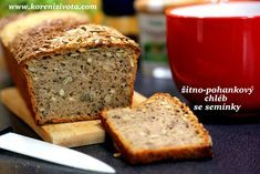 žitno-pohankový chléb se semínky Russian Recipes, Sourdough Bread, Hocus Pocus, Ham, Banana Bread, Desserts, Food, Polish, Fitness
