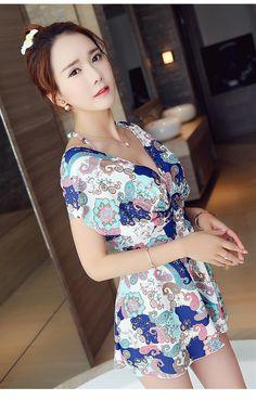 Maiô com estampa floral estilo vestido (1 peça)