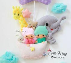 . از نزدیک تر ببینیمشون . .  #felt #feltmary #feltro #fieltro #keche #handmade #namebanner #startwins #hellokitty #twins #boyish #girlish #colors #baby #babyroom #balloon #animals #sky #cloud #iran #tehran