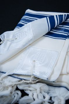 do you wear a tallit on rosh hashanah
