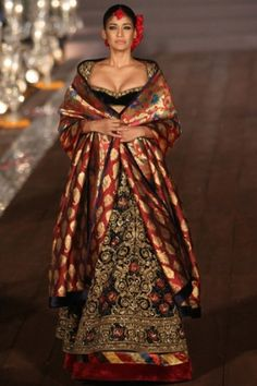 Rohit bal runway collection wifw 2015