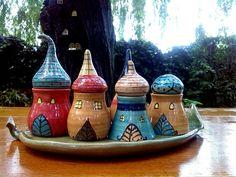Fűszeres házak, kb. 1dl-esek ·www.mesekeramia.hu