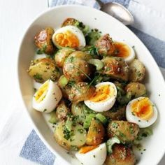 Uusien perunoiden salaatti