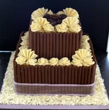Anything is good if it's made of chocolate.... http://www.cakengift.in/