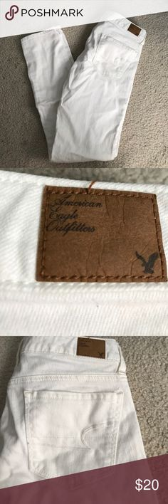 American Eagle white skinny jeans Great condition American Eagle Outfitters Jeans Skinny