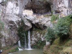 Santuario de Covadonga (Asturias)