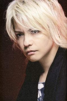 HYDE • 2010 SEP •  ROCK AND READ #hyde #larcenciel #vamps #hidetotakarai #takarai