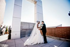 Check Out Cristina And Jonathan S Modern Brooklyn Wedding Captured By George Street Photo Video Deity