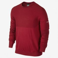Jersey Nike golf Tiger Woods Engineered. Sweater para caballero con el logotipo de Nike en la manga izquierda incorporado. Diseñado con los tejidos más cómodos y confortables. Cuello redondo y puños y dobladillos elásticos para un mayor confort. Codos articulados para una mayor libertad de movimiento. Fabricado con lana merino 55% y acrílico en un 45%.