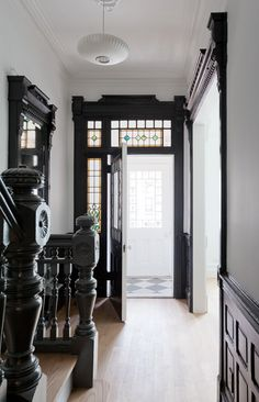 Why I should maybe paint mytrim/woodwork - desire to inspire - desiretoinspire.net