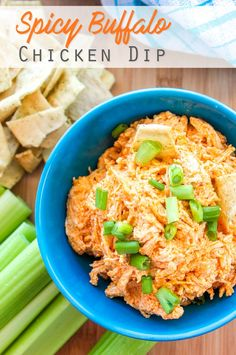 Spicy Buffalo Chicken Dip Recipe - Quick and Easy Party Appetizer! (Low Carb when served with celery!) Buffalo Chicken Dip Recipe, Chicken Wings Spicy, Chicken Dips, Chicken Meals, Easy Appetizer Recipes, Yummy Appetizers, Dip Recipes, Party Appetizers, Delicious Recipes