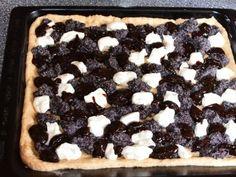 Kecaný koláč na plech Waffles, Breakfast, Desserts, Food, Morning Coffee, Tailgate Desserts, Deserts, Essen, Waffle