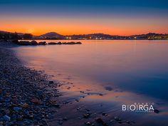 @isoladelba.it  isola d'Elba #portoferraio #sunset #Italiaquantoseibella #sealife #summer #holidayseason #landscape #sunsetcolors Sunset Colors, Elba, Pedestrian, Hotel Offers, Rooftop, Terrace, Skiing, River, Landscape
