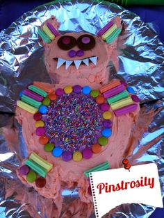Pinstrosity - this website is hilarious! It shows how people's pinterest projects didn't turn out as planned! So funny! The monster cake is cracking me up!