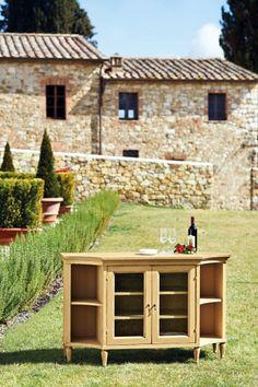Arezzo Italian Console