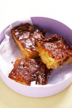 Marmite-tert, Jy kan die Marmite met Bovril vervang as jou kinders nie vanMarmite hou nie. Savory Snacks, Snack Recipes, Dessert Recipes, Cooking Recipes, Yummy Recipes, Desserts, Kos, Ma Baker, South African Recipes