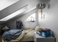 Una piccola stanza in mansarda