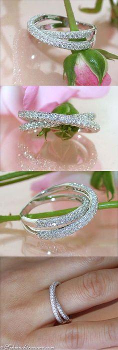 Classy Diamond Ring, 1,31 ct. G-VS WG18K - Visit: schmucktraeume.com - Like: https://www.facebook.com/pages/Noble-Juwelen/150871984924926 - Mail: info@schmucktraeume.com