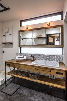 商品を採用いただいたお客様の事例を紹介しています。 Cheap Bathroom Remodel, Cheap Bathrooms, Remodeling Mobile Homes, Home Remodeling, Surf Room, Ranch Kitchen Remodel, Toilet Design, House Rooms, Modern Interior Design