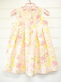 Baby Girl Dress Vintage Baby Clothes Baby Dress di OnceUponADaizy, $18.00