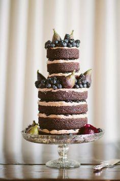 Chocolate naked wedding cake #cakes #weddingcake #nakedcake #dessert #weddingdessert