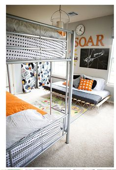 love this for a boys room