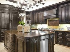 Khloe Kardashian's California Home: Kitchen